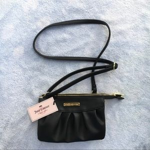 NWT Juicy Couture Double Gusset Crossbody Bag!